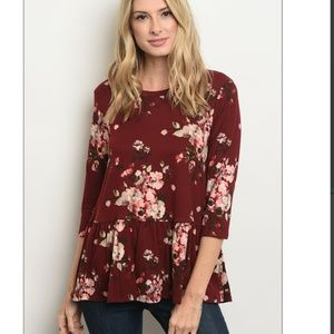 Tops - 🔴Wine Red Flowy Floral Pleated Top 3/4